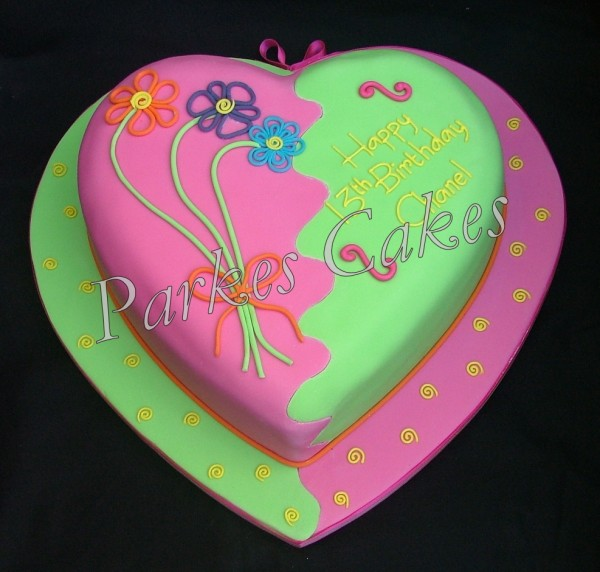 Cake Designs Hearts : funky heart birthday cake