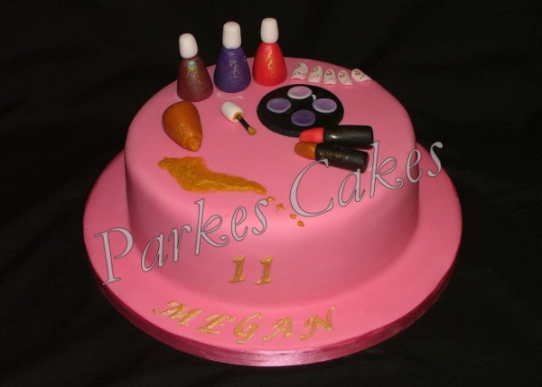Pamper Party Cake Images : make up party cake