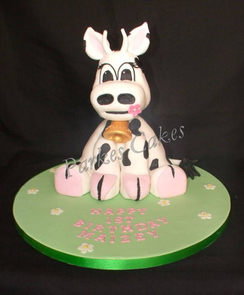 3d cute cow birthday cake